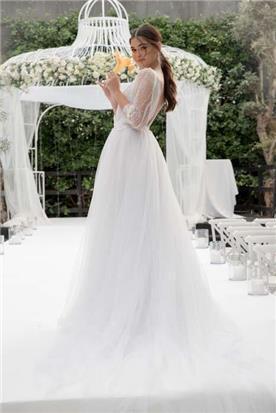שמלה עם צווארון ולר