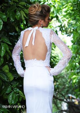 שמלת כלה חורפית עם קשירה בגב