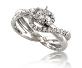 טבעת ייחודית משולבת יהלומים