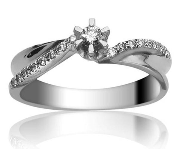 טבעת אירוסין טוויסט מעוצבת