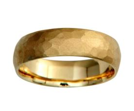 טבעת נישואין מעוקלת רקועה