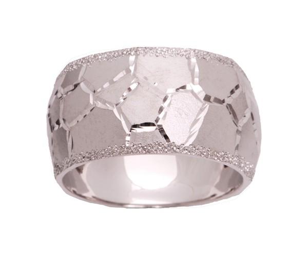 טבעת נישואין עם עיטורי כוורת