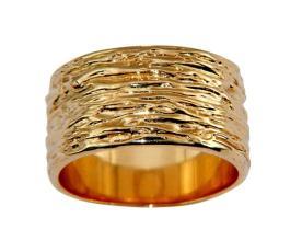 טבעת רחבה עם כיווצים