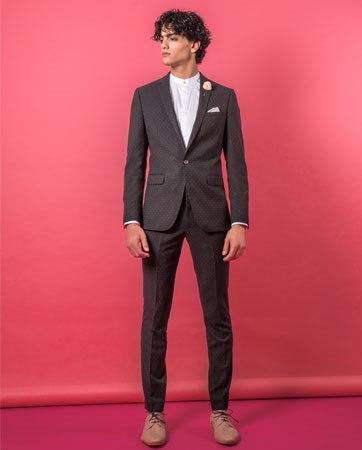 חליפות גברים