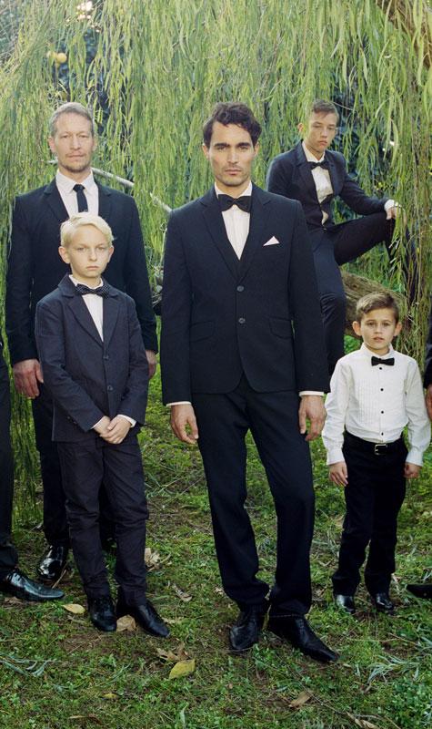 החתן והשושבינים