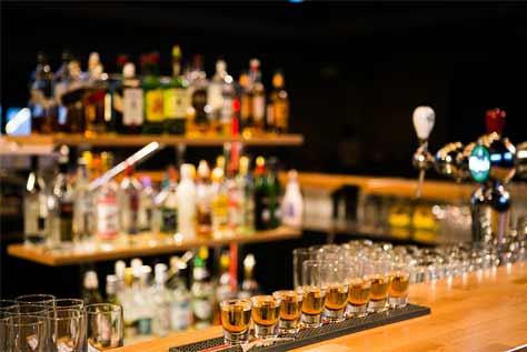בר אלכוהול עשיר