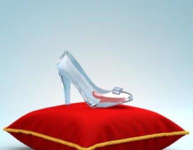 5 הסיפורים רומנטיים של בתי המלוכה: מאחורי הקלעים, מסביב לחתונה