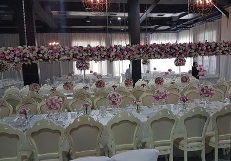 עיצוב פרחים באירוע