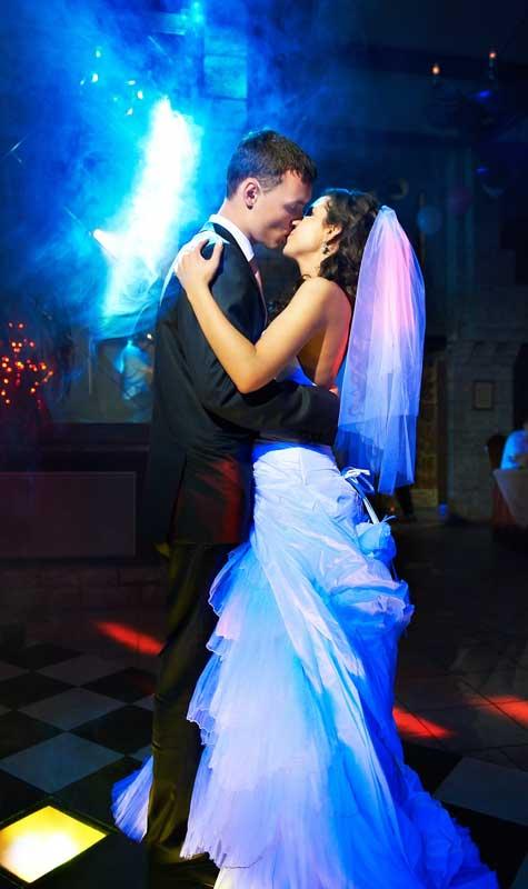 ריקוד מיוחד לחתן וכלה