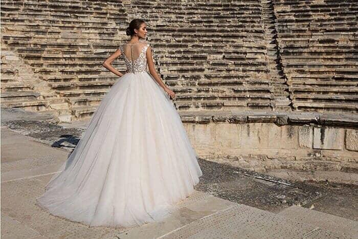 מתחתנים וחוסכים: מבצעי חודש אוגוסט, מסביב לחתונה, 8
