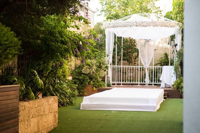 מתחתנים וחוסכים: מבצעי חודש אוגוסט, מסביב לחתונה, 4
