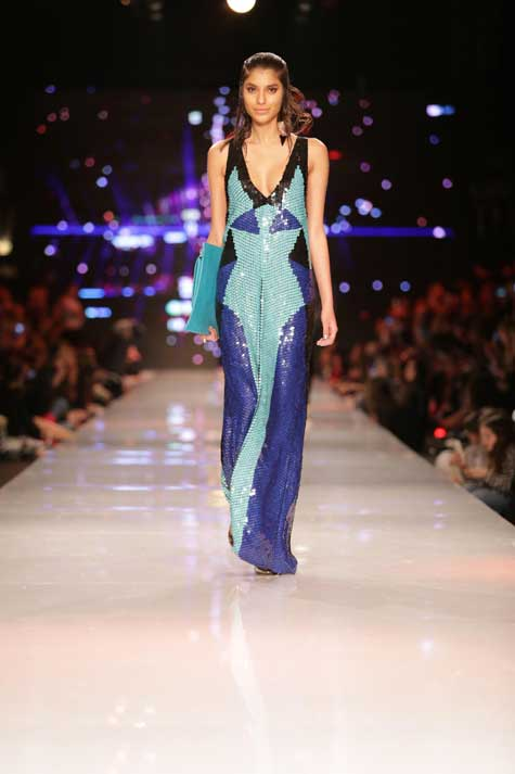 שמלת ערב -פייאטים