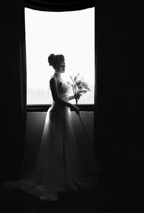 חתונה בשחור לבן