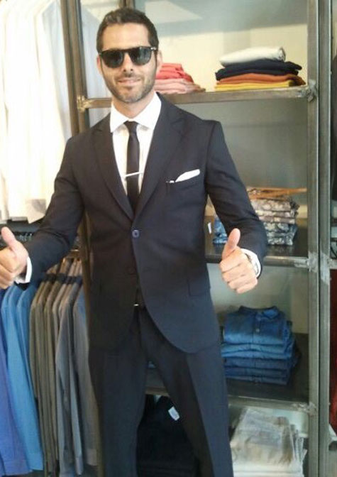 חליפת חתן עם עניבה
