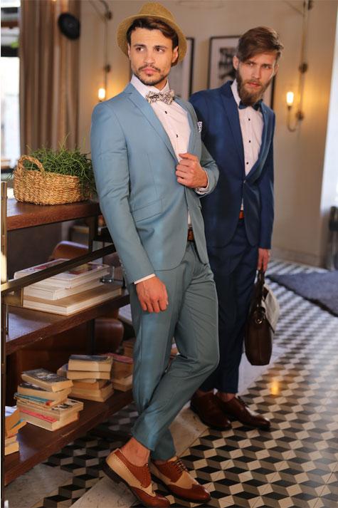חליפות חתן מאובזרות בפפיון ונעליים מדליקות