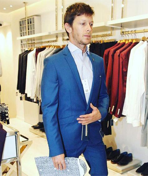 עופר שכטר בהשקת חנות חליפות גברים באמוס