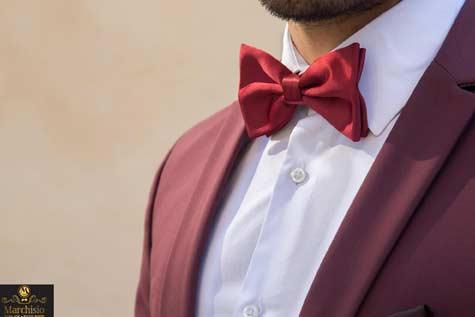 פפיון או עניבה?