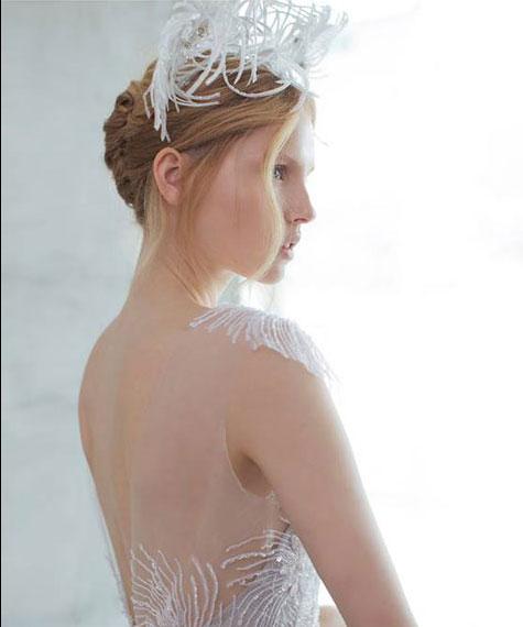 תסרוקת כלה אסופה לחתונת קיץ