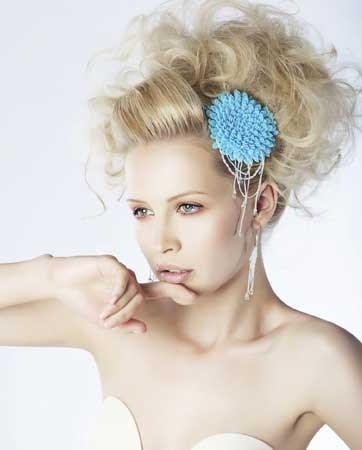 מה חדש בתחום איפור ועיצוב השיער לכלות בקיץ הקרוב?