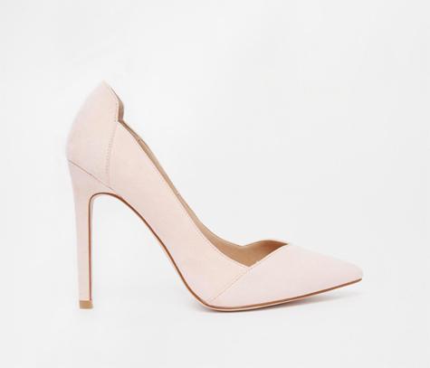 נעלי עקב קלאסיות
