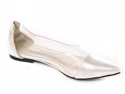 נעל שטוחה כסופה לכלה
