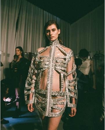 אלון ליבנה מפתיע בתצוגת שבוע האופנה