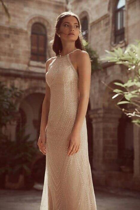 שמלת כלה בקו הגוף