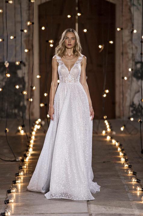 שמלת כלה רכה ונשית