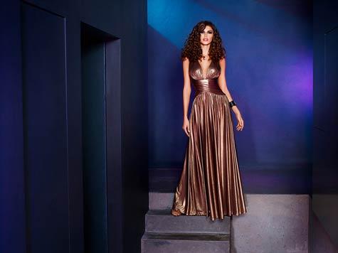 שמלת ערב בעלת מותן צרה ומודגשת