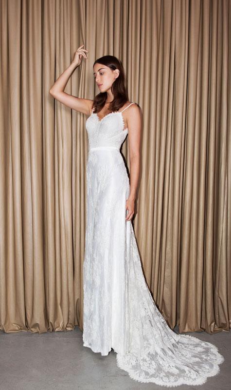 שמלת כלה לבנה למותג לומינרי