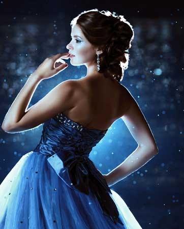 שמלות כלה צבעוניות: מתאים בצבע