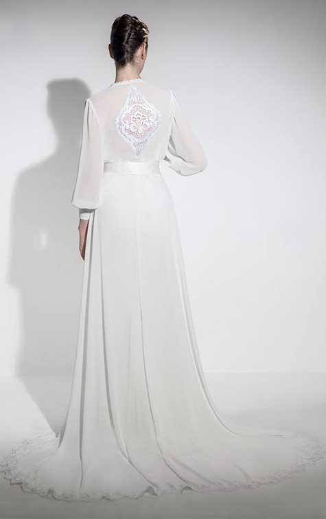 שמלה לכלה בהריון: שלומי יקיר. צילום: רון קדמי