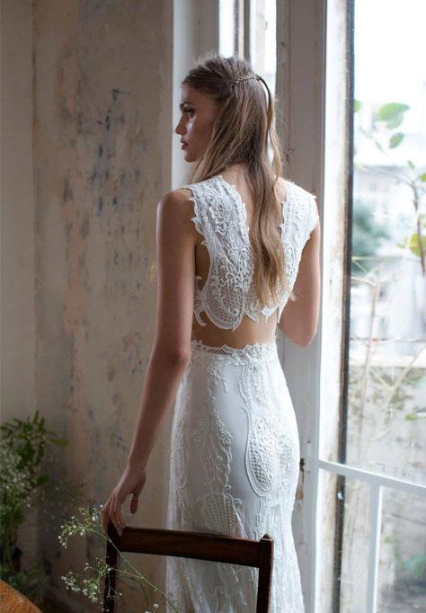 מבט אחורי על שמלת הכלה
