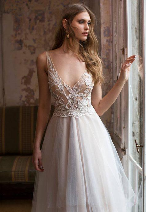 שמלת כלה עם שילוב חלק עליון מתחרה