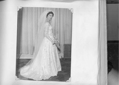 סבתא של אור - אנגליה 1958