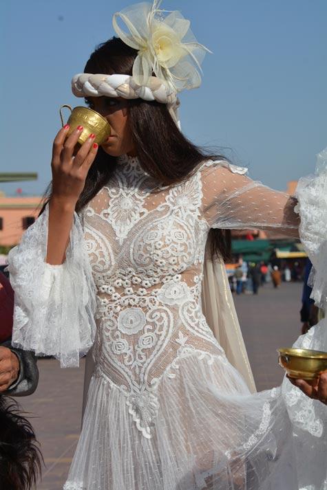 שמלת כלה שקופה משולבת תחרה