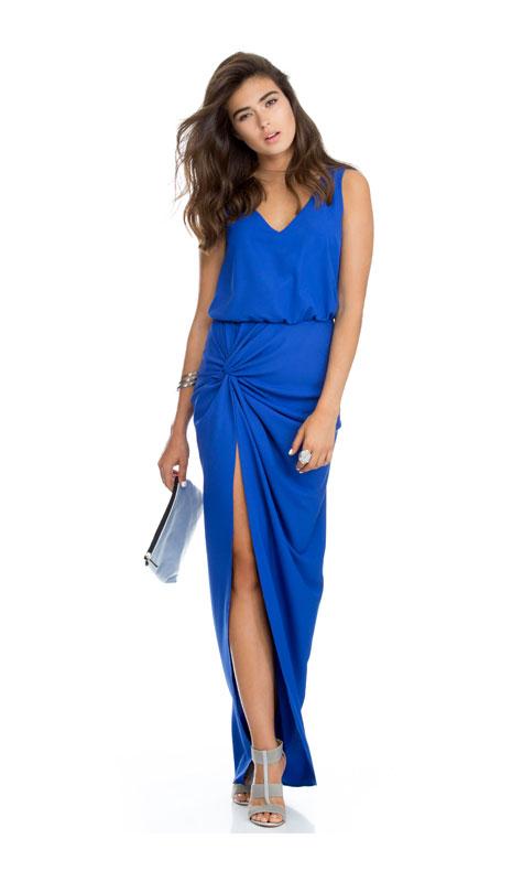 שמלת ערב כחולה עם מפתח רגל