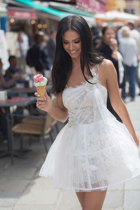 שמלת כלה מיני