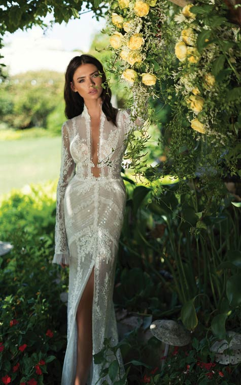 שמלת כלה בקו הגוף בשילוב תחרה