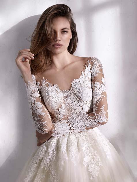 שמלת כלה עם טקסטורה מעניינת