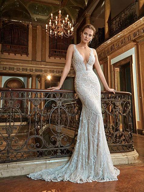 שמלת כלה עם שובל קצר