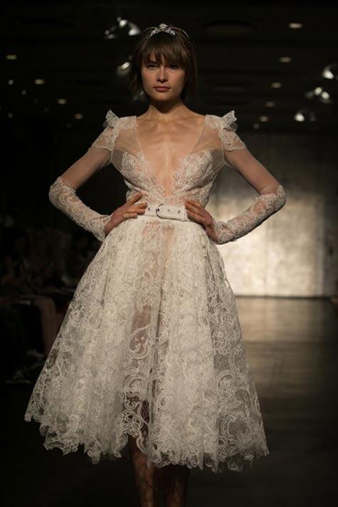 שמלת כלה עם מותן גבוהה ונפח