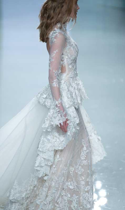 שמלת כלה עם שפע תחרה