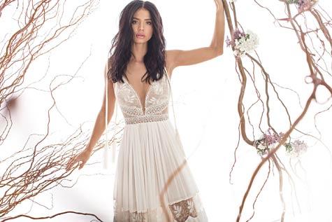שמלת כלה בגזרת סטרפלס