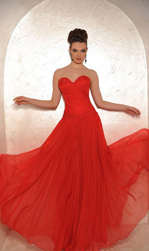 שמלת שושבינה נועזת אדומה