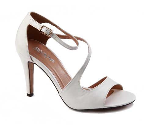 נעלי סקופ. צילום: שי יחזקאל